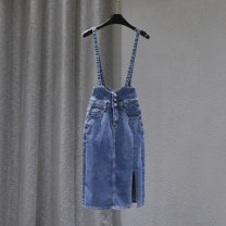 skirt Spring 2021 S M L XL blue Mid length dress Versatile High waist Strapless skirt Solid color Type H 25-29 years old xpj-88005 91% (inclusive) - 95% (inclusive) Denim Forgetful words cotton Pocket buttons washed Cotton 95% other 5% Pure e-commerce (online only)