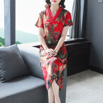 Dress Summer 2021 Red green XL XXL XXXL L XXXXL Mid length dress singleton  Short sleeve V-neck Socket other other 40-49 years old Mu Yixin NEJ9608 More than 95% other other Other 100% Pure e-commerce (online only)