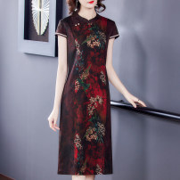 Dress Summer 2021 Red and black L XL 2XL 3XL 4XL 5XL Mid length dress singleton  Short sleeve commute stand collar Loose waist Decor other other routine Others 40-49 years old Mu Yixin Retro Button NEJ9909 More than 95% other Other 100% Pure e-commerce (online only)
