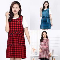 apron Red lattice B, red lattice n, blue lattice h, red lattice g, rose red lattice x, black and white lattice s, blue lattice L, double flower red J, double flower black R, double flower rose red Z, double flower coffee f Sleeveless apron waterproof Korean version other Household cleaning public no