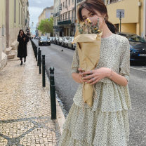 Dress Summer 2021 Off white S,M,L longuette singleton  Short sleeve commute Crew neck Elastic waist Decor Socket Cake skirt routine 18-24 years old Type A VALVOELITE lady Splicing QWER1 91% (inclusive) - 95% (inclusive) Chiffon polyester fiber