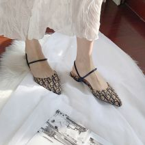 Sandals 35,36,37,38,39 White, camel PU ROMANTIC-YS Baotou Flat heel Low heel (1-3cm) Summer 2020 Trochanter Korean version Solid color Adhesive shoes Youth (18-40 years old) rubber daily Ankle strap Roman style Low Gang Lateral space PU PU 2981-5 Roman shoes