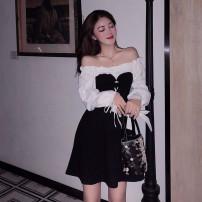 Women's large Autumn of 2019 black Dress One word collar puff sleeve