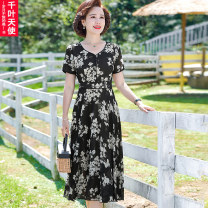 Middle aged and old women's wear Summer 2021 black L XL 2XL 3XL 4XL fashion Dress easy singleton  Decor 40-49 years old Socket thin V-neck Medium length routine QYTS2021YSM8861 Chiba angel polyester Polyester 100% 96% and above Pure e-commerce (online only) longuette Polyester