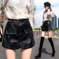 skirt Winter 2020 S 1-8-1-9 (80-95 Jin), m 2-2-1 (95-105 Jin), l 2-2 (105-115 Jin), XL 2-3-2-4 (115-125 Jin), 2XL 2-5 (125-135 Jin) Black - 938 Short skirt High waist A-line skirt Diamonds, sequins, buttons