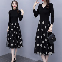Dress Autumn 2020 S M L XL 2XL 3XL Mid length dress Fake two pieces Long sleeves commute V-neck High waist Dot Socket A-line skirt routine Others 25-29 years old Ciaso Korean version Stitching zipper More than 95% knitting other Other 100% Same model in shopping mall (sold online and offline)