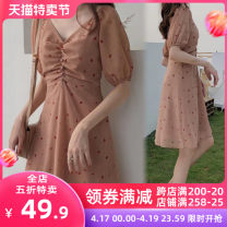 Women's large Spring 2021 skirt singleton  Sweet Self cultivation thick Socket Short sleeve Broken flowers V-neck Medium length printing and dyeing puff sleeve Apricot blossom love 18-24 years old Lace stitching longuette Other polyester 95% 5% Pure e-commerce (online only) Irregular skirt tassels