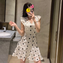 Dress Summer of 2019 Off white S,M,L 30% and below other