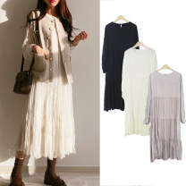 Dress Autumn of 2019 White, lotus root, black, white - plush and thickened S,M,L,XL Mid length dress singleton  Long sleeves Sweet Crew neck High waist Solid color Socket Pleated skirt routine Others 18-24 years old Type A Other / other Pleats, buttons 31% (inclusive) - 50% (inclusive) Chiffon Mori