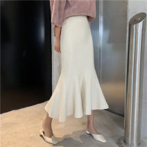 skirt Autumn 2020 Average size Apricot, black Mid length dress commute High waist skirt Solid color Type H 18-24 years old 31% (inclusive) - 50% (inclusive) knitting polyester fiber Korean version