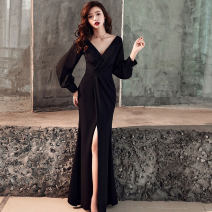 Dress Winter of 2019 Black, red S,M,L longuette singleton  Long sleeves commute V-neck High waist Solid color zipper A-line skirt bishop sleeve Type A Other / other Korean version