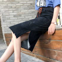 skirt Spring 2020 26,27,28,29,30,31,32,33,34,36,38,40 Blue, black Mid length dress commute Natural waist Denim skirt Solid color Type H 18-24 years old 71% (inclusive) - 80% (inclusive) Denim cotton Korean version