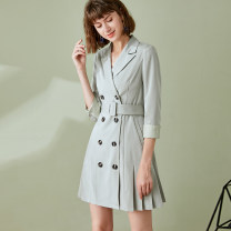 Dress Spring 2020 green 155/80B/S 160/84B/M 165/88B/L 170/92B/XL Mid length dress singleton  Long sleeves commute tailored collar High waist Solid color double-breasted other routine Others 30-34 years old Deer song Ol style Pleated pocket button belt LGS0107456 30% and below polyester fiber