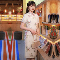cheongsam Summer 2021 M L XL XXL XXXL 4XL Polychromatic flower Short sleeve Short cheongsam Retro Low slit daily Oblique lapel Decor 25-35 years old Piping Yijiahong polyester fiber Polyester 100% Pure e-commerce (online only)