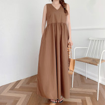 Dress Spring 2021 Apricot, black, coffee Average size longuette singleton  Sleeveless Sweet V-neck High waist Solid color Socket Big swing Others 18-24 years old Type A 51% (inclusive) - 70% (inclusive) cotton solar system