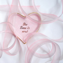 Background cloth 1 m for the pink grey gradual change ribbon and 1 m for the blue pink gradual change ribbon