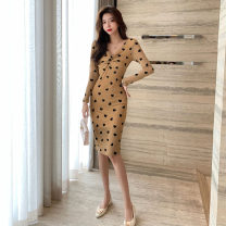 Dress Spring 2021 khaki S,M,L Middle-skirt singleton  Long sleeves commute High waist Pencil skirt 25-29 years old Type H Retro 51% (inclusive) - 70% (inclusive)