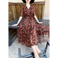 Dress Summer 2020 Red, apricot, black S,M,L,XL Mid length dress singleton  Short sleeve commute V-neck High waist Broken flowers zipper Big swing other Others 25-29 years old Type X MEXCOCO lady printing M0XL1655 30% and below silk