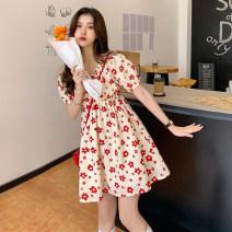 shirt Little safflower jacket, little safflower dress S. M, average size Spring 2021 other 30% and below Short sleeve commute Medium length V-neck Socket puff sleeve 18-24 years old Korean version