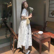 Fashion suit Summer 2021 Average size Flower vest skirt 6216, white bubble sleeve dress 6217 18-25 years old