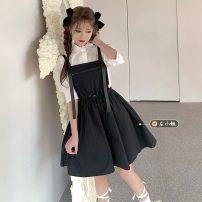 Fashion suit Summer 2021 Average size White shirt, black suspender skirt, pink suspender skirt 18-25 years old