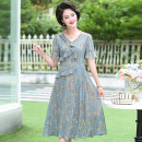 Middle aged and old women's wear Summer 2020, spring 2020 Green, blue, pink L,XL,XXL,XXXL,4XL,5XL fashion Dress easy singleton  Flower and bird pattern 40-49 years old moderate V-neck Medium length routine Jiusailang Chiffon Medium length Chiffon