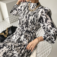 Dress Autumn 2020 White, black, khaki Average size Mid length dress singleton  Long sleeves commute stand collar routine Others 18-24 years old Other / other Korean version