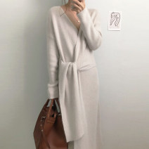 Dress Autumn 2020 Apricot, grey Average size Mid length dress Long sleeves commute V-neck Solid color 18-24 years old Other / other 51% (inclusive) - 70% (inclusive) cotton