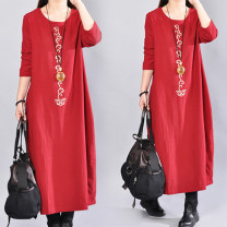 Dress Spring of 2019 Black, red M,L,XL,2XL longuette singleton  Long sleeves commute Crew neck Loose waist Solid color Socket other routine 25-29 years old literature Embroidery, pocket 51% (inclusive) - 70% (inclusive) cotton