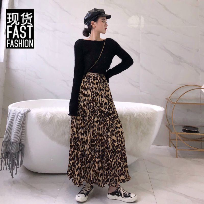skirt Autumn of 2018 S M L White T-shirt pleated skirt Mid length dress commute Natural waist Pleated skirt Leopard Print Type A 18-24 years old