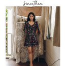 Dress Summer of 2019 Picture color (in stock) S,M,L Short skirt singleton  Short sleeve commute V-neck High waist Decor zipper 18-24 years old Type A since then Retro DQ181021 polyester fiber