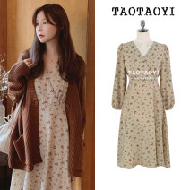 Dress Autumn 2020 khaki S,M,L,XL Mid length dress singleton  Long sleeves commute V-neck High waist Broken flowers zipper A-line skirt puff sleeve Others 18-24 years old Type A Other / other Korean version Bowknot, lace up, stitching, zipper, printing 51% (inclusive) - 70% (inclusive) Chiffon