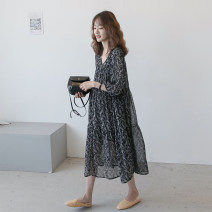 Dress Other / other Black_ Fern chiffon skirt, black_ Chiffon, black leaf_ Dot temperament wave point skirt [lactation], floral necked sleeve, floral necked sleeve + apricot vest suit Average size Korean version elbow sleeve have more cash than can be accounted for spring V-neck Decor Chiffon