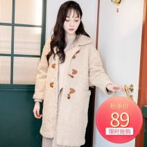 Windbreaker Autumn 2020 Average size Brown Long sleeves thickening Medium length commute Single breasted Korean version A8R501009A 25-29 years old 96% and above polyester fiber polyester fiber