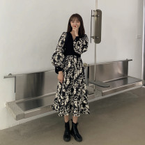 Dress Winter 2020 Picture color One size fits all, XXS pre-sale longuette singleton  Long sleeves commute V-neck High waist Decor Socket A-line skirt puff sleeve Type A Korean version Splicing 51% (inclusive) - 70% (inclusive)
