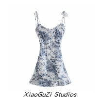 Dress Summer 2021 blue S,M,L Short skirt singleton  Sleeveless Sweet square neck middle-waisted Decor Socket other routine camisole 25-29 years old Type H Print, open back, lace up 81% (inclusive) - 90% (inclusive) Chiffon cotton