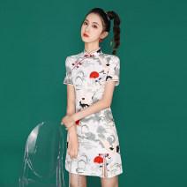 cheongsam Summer 2021 S,M,L,XL,2XL White crane, oil painting beauty Short sleeve Short cheongsam Retro Low slit daily Oblique lapel Animal design 18-25 years old Piping 0525#