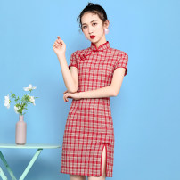 cheongsam Spring 2021 S,M,L,XL Green grid, red grid Short sleeve Retro Low slit banquet lattice 18-25 years old 5352AA