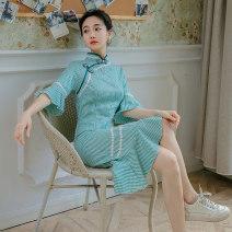 cheongsam Summer 2021 S,M,L green Short sleeve Short cheongsam grace No slits daily Oblique lapel lattice 18-25 years old Piping 7053# 51% (inclusive) - 70% (inclusive)
