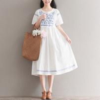 Dress Summer 2021 white M,L,XL,2XL longuette singleton  Short sleeve commute Crew neck Elastic waist Socket Big swing literature Embroidery, lace up 81% (inclusive) - 90% (inclusive) hemp