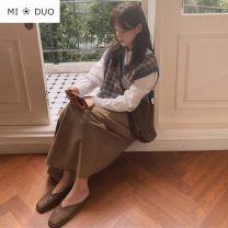 Fashion suit Winter 2020 S,M,L,XL Dot Shirt, white shirt, vest, skirt 18-25 years old 51% (inclusive) - 70% (inclusive) cotton