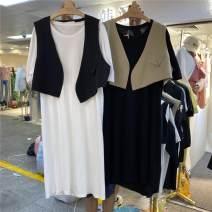 Dress Summer 2020 White with black vest, black with apricot vest, white dress, black dress, apricot vest, black vest Average size Two piece set Short sleeve Solid color