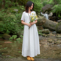 Dress Summer of 2019 white M L Mid length dress singleton  Short sleeve commute V-neck Elastic waist Solid color Socket other other Others 30-34 years old Chaos in the south of the Yangtze River literature Solid color 51% (inclusive) - 70% (inclusive) other other