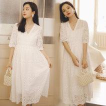 Dress Miduli white M L XL Korean version Short sleeve Medium length summer V-neck Solid color 7430  ------