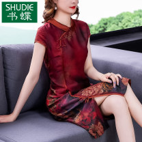 Dress Summer 2021 Red green yellow M L XL 2XL 3XL 4XL Mid length dress singleton  Short sleeve commute Polo collar middle-waisted Decor zipper A-line skirt routine Others 40-49 years old Type A Book Butterfly ethnic style printing SD207DSD739 More than 95% other other Other 100%