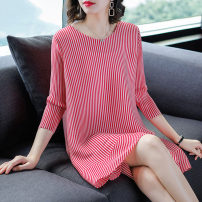 Women's large Spring of 2019 Red and black M L XL 2XL 3XL Dress singleton  commute easy moderate Socket three quarter sleeve Korean version Crew neck routine H8627 Fine posture 35-39 years old Medium length Other 100% Pure e-commerce (online only)