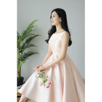 Dress / evening wear Wedding, adulthood, party, company annual meeting, performance, routine, appointment S,M,L,XL Off white, lotus root Sweet Short skirt High waist Autumn of 2018 Skirt hem Hanging neck style Bandage Brocade 18-25 years old ZJJ18091001 Sleeveless Solid color other