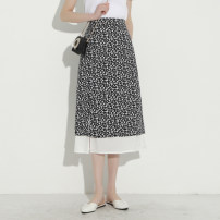 skirt Summer 2021 S / 27 M / 28 L / twenty-nine Black flowers longuette commute High waist A-line skirt Broken flowers Type A 25-29 years old More than 95% other Qinyou polyester fiber Patchwork printing Retro Polyester 100% Pure e-commerce (online only)