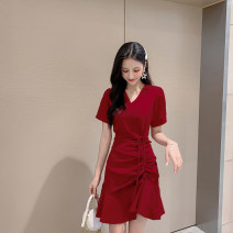 Dress Summer 2021 Red, black, green S,M,L Mid length dress singleton  Short sleeve commute V-neck High waist Solid color Socket A-line skirt routine Others 18-24 years old Type A Korean version Tuck, fold, tie 51% (inclusive) - 70% (inclusive) other other