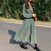 Dress Spring 2020 green S M L XL 2XL longuette singleton  Long sleeves commute V-neck High waist Broken flowers Socket Big swing bishop sleeve Others 18-24 years old Type A Soaino Retro Frenulum A1543JOKV 71% (inclusive) - 80% (inclusive) polyester fiber Polyester 80% other 20%